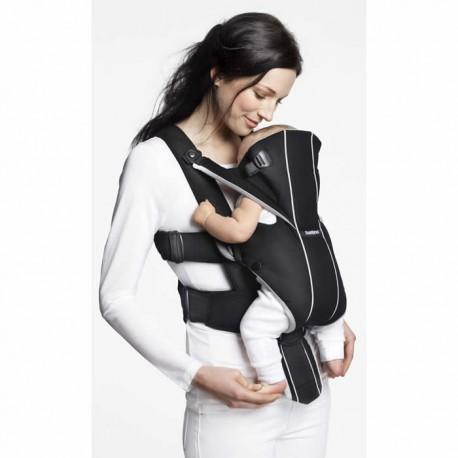 Marsupiu Anatomic BabyBjorn Miracle Black-silver cu pozitii multiple de purtare